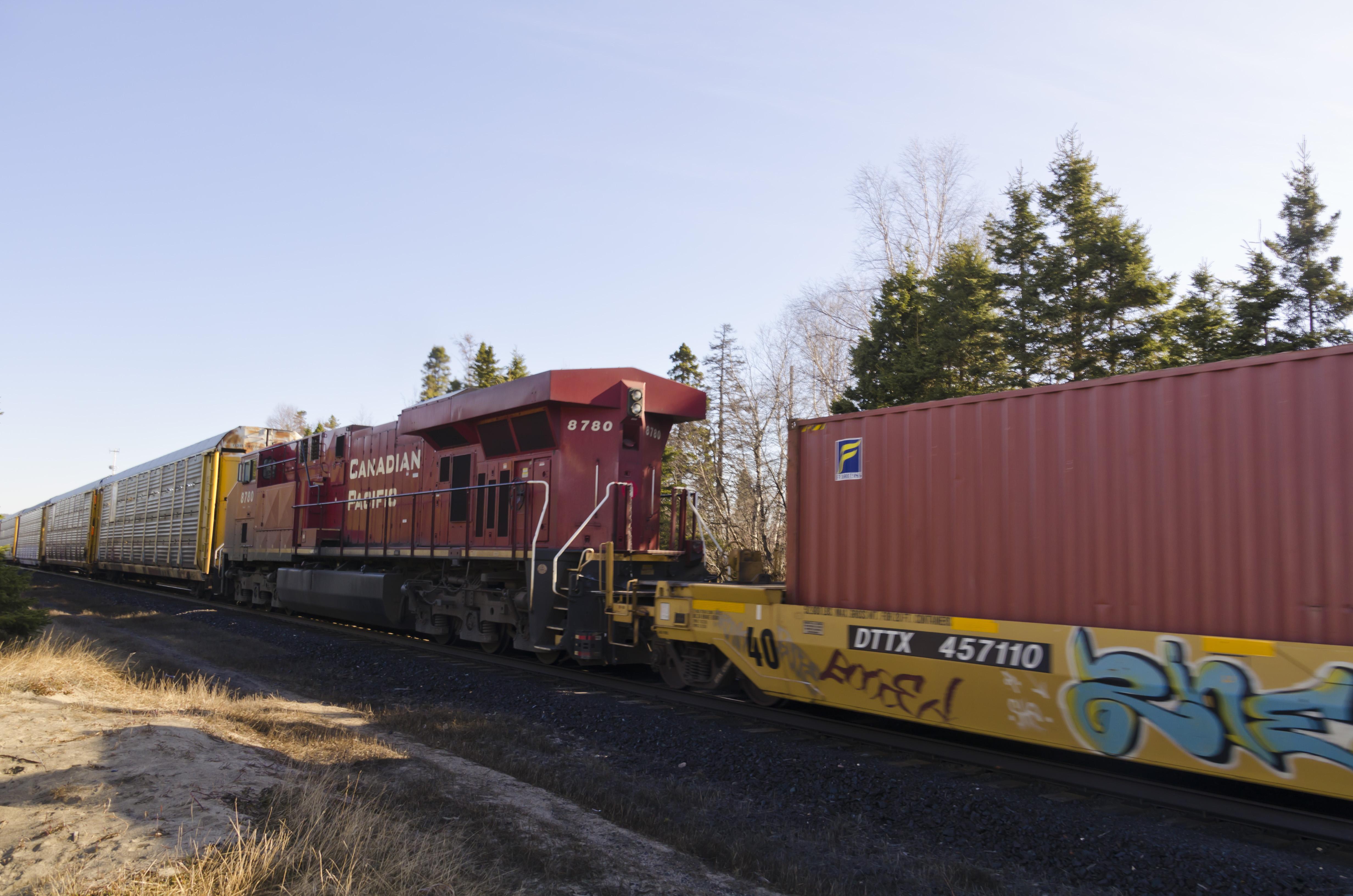 Canadian Pacific Railway CP #8780 GE ES44AC diesel