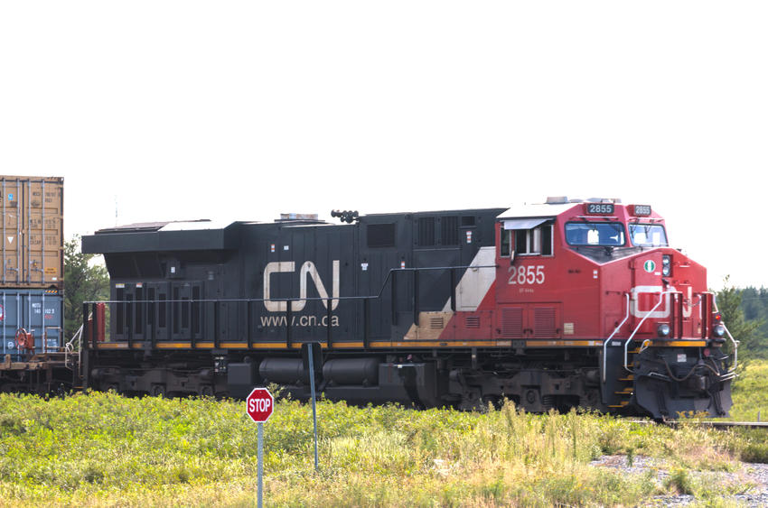 Canadian National Railway CN #2855 GE ES44AC Diesel Locomotive (22 Aug 2016)